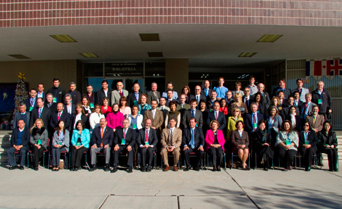 "photo of the attendees of the IMHE/OECD ""what works?"" international conference in 2011"